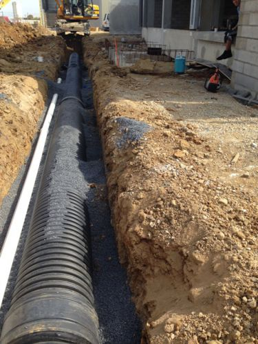 pose-installation-canalisations-eaux-pluviales-usees-potable-vannes-assainissement-perpignan-66-tpm1